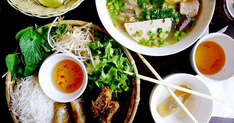 7 Must-Try Places For Vietnamese Street Food In KL And PJ
