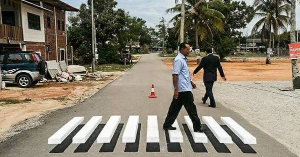 This Cool 3d Zebra Crossing In Terengganu Is Perfect For Abbey Road Photos