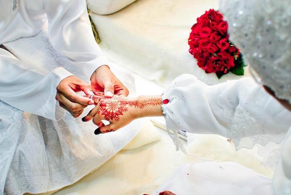 Wanita Ini Kahwin Dengan Bajet RM6,000 Tapi 'Complete' Segalanya. Ini Tips Yang Dia Guna