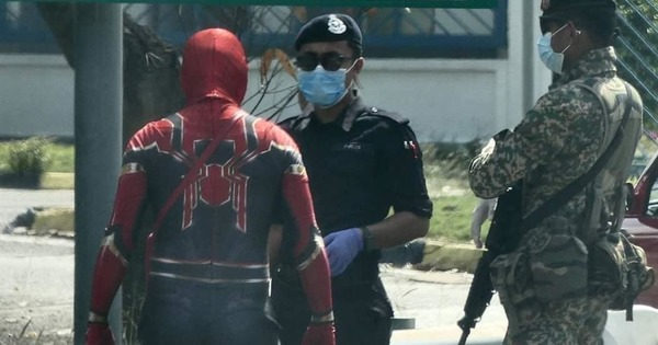 Spiderman Gets Stopped By PDRM For Being Far From Home