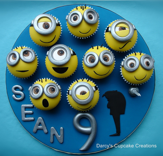 """Darcy's Cupcake Creations, """"Despicable Me"""" minion cupcakes."""