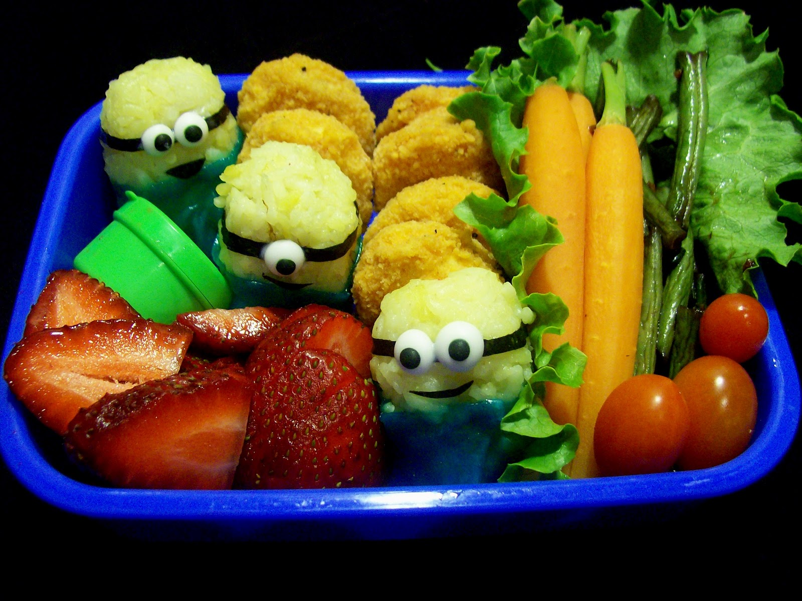 Minions in lunch box.
