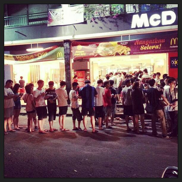 """""""Wow Wow Wow! Long queue and crowded at all McDonalds outlet in Penang Island... All the best for the Minions Rush!  #minion #mcdonald"""" - Photo from La Kaffa Cafe, Facebook."""