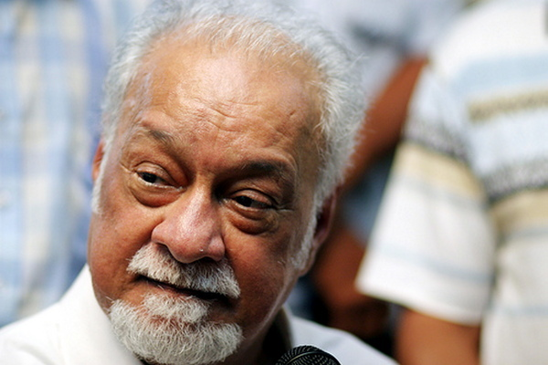 Victim's lawyer, Karpal Singh, says charge home Zahid Hamidi with assault and attempted murder