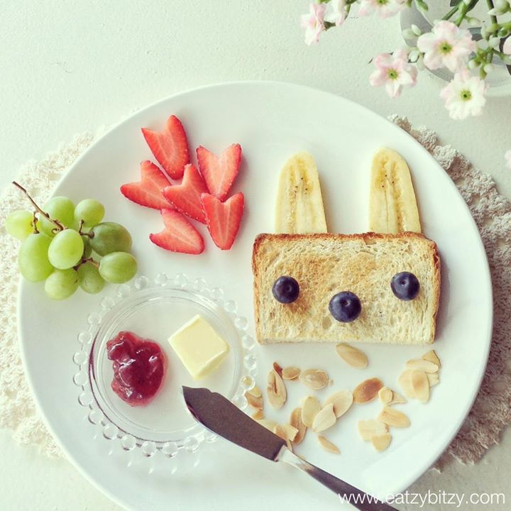 The Rabbit Breakfast 幸福早餐 ! Monthly Easy-to-make cute food recipe is published on Jasmine Magazine Malaysia (May 2013 Issue). - created May2013 Instagram @leesamantha