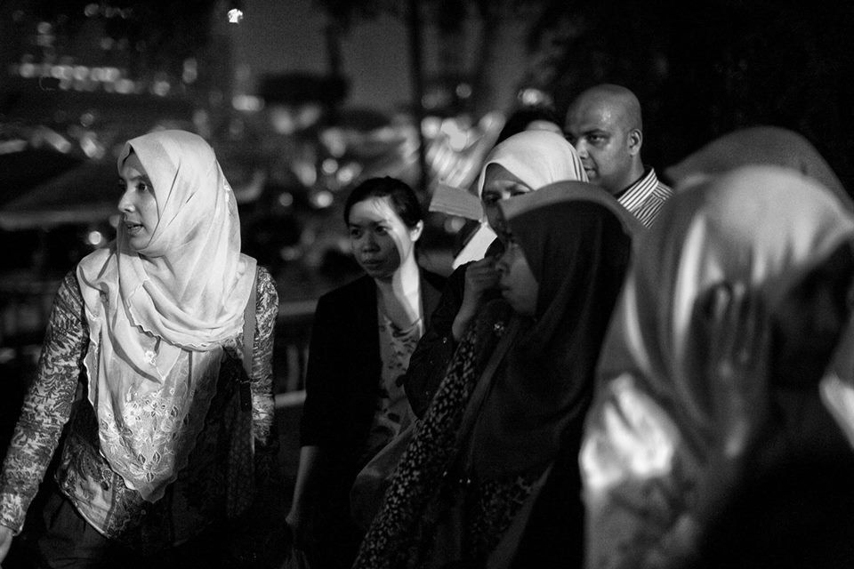 """Photos from """"Kebakaran di Flat PKNS 17 Tingkat"""", Nurul Izzah Anwar Facebook."""