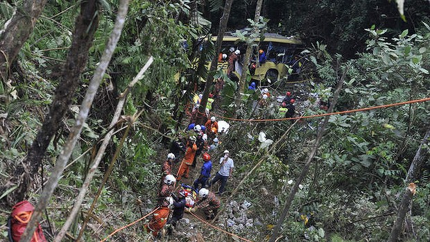On 21 August 2013, 37 people were killed when a Genting-bound bus on the same route crashed into a 30m ravine