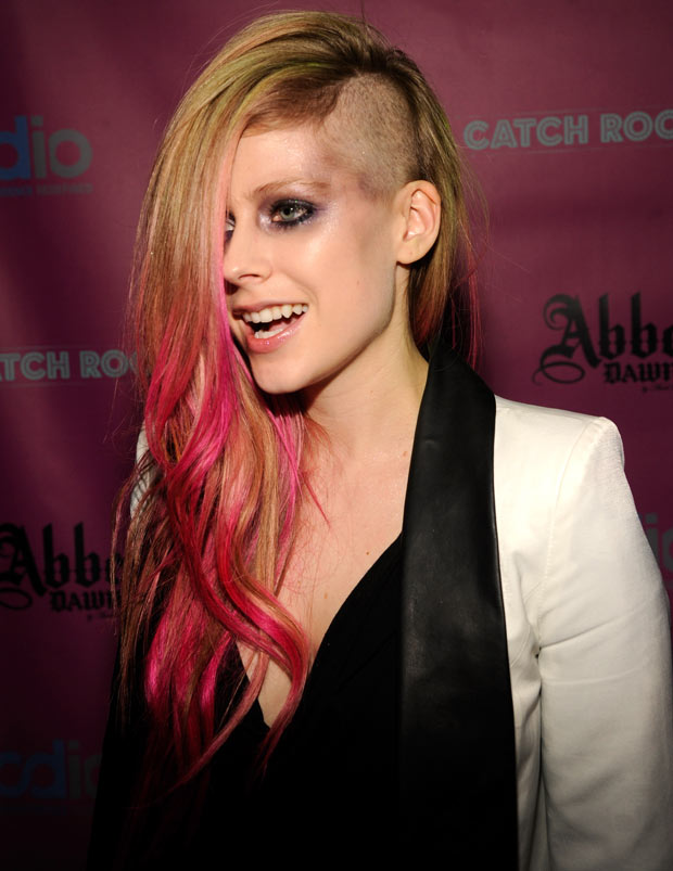 Avril Lavigne with an undercut.