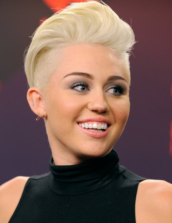 Miley Cyrus with an undercut.