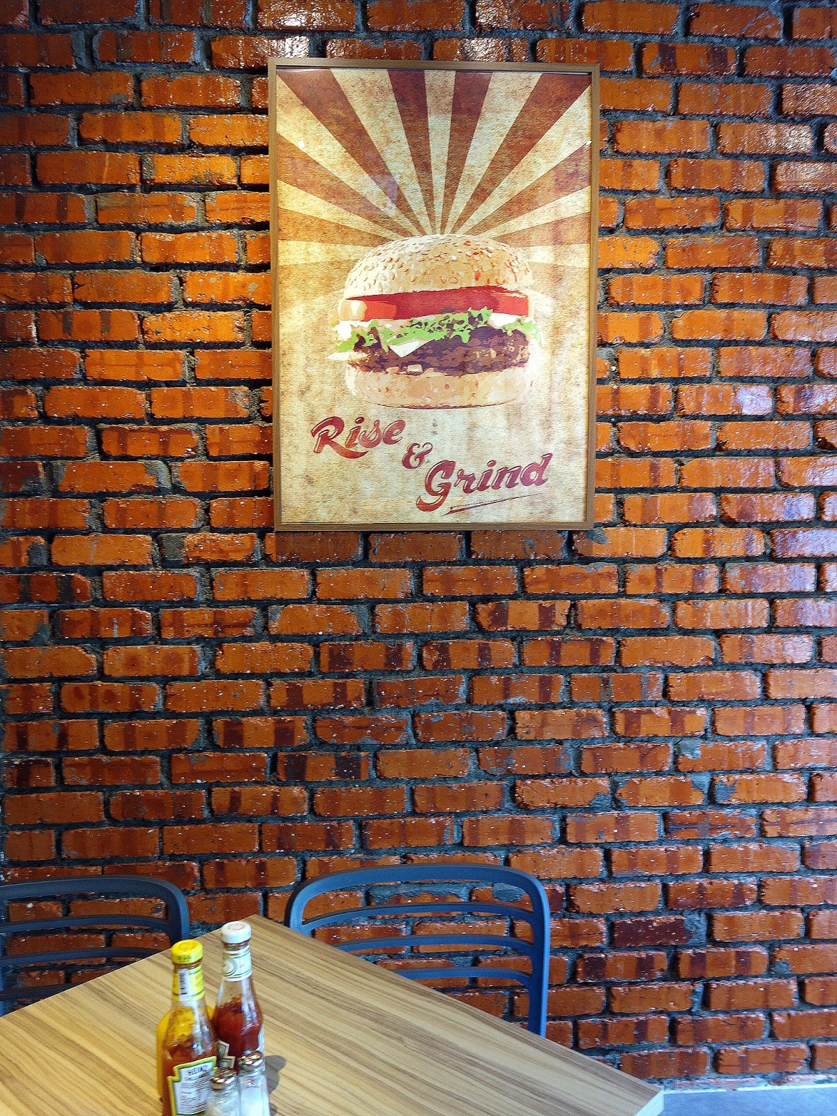A photo of the deco at The Grind Burger Bar in PJ.