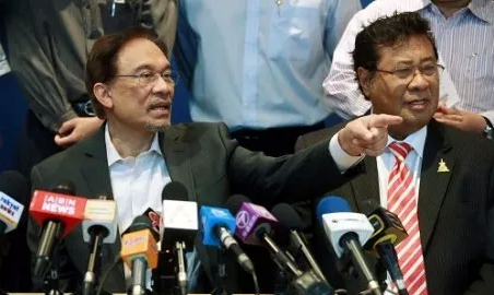 Anwar's Candidacy As Kajang State Assemblyman Comes Amidst Rumours That He Is Slated To Replace Khalid Ibrahim As Selangor MB