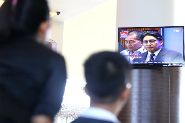 MH370 press conference on TV