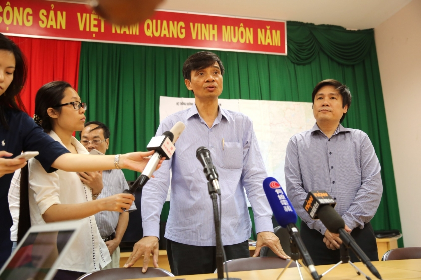 Vietnam Deputy Transport Minister Pham Quy Tieu holding a press conference at Phu Quoc airpor