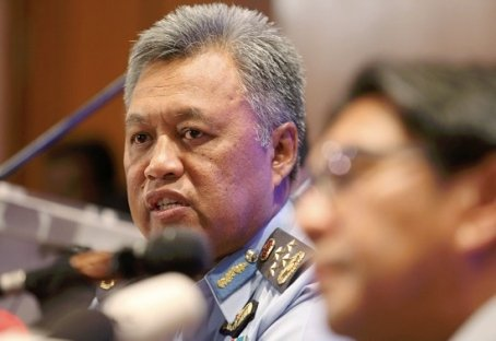Royal Malaysian Air Force chief General Tan Sri Rodzali Daud  Read more: MISSING MH370: Radar showed missing plane may have turned back