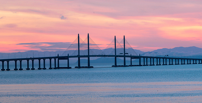 Penang Bridge (photo by says.com