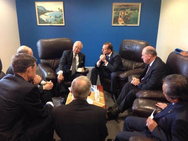@NajibRazak: Discussing w/ @TonyAbbottMHR in Perth this morning. All nations involved are fully committed to the #MH370 search.