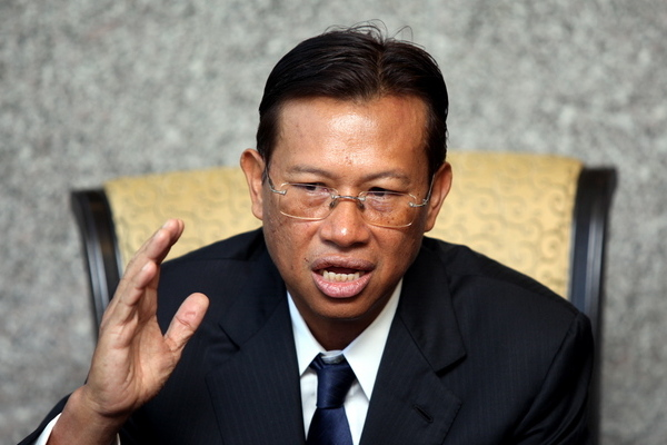 According To Communication and Multimedia Minister Datuk Seri Ahmad Shabery Cheek, Only 2.3% Of 999 Emergency Calls Are Genuine