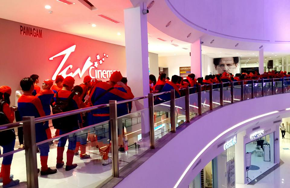 'The Amazing Spider-Man 2' moviegoers, decked out in Spider-Man outfits in an attempt to set the Guinness World Record for 'Largest Gathering Of People Dressed As Spider-Man'.