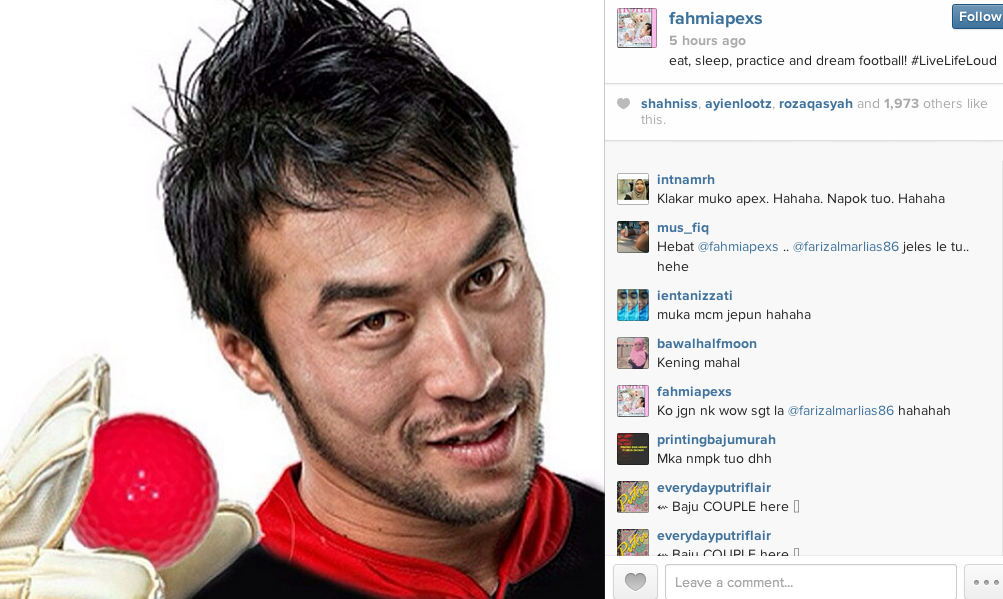 Khairul Fahmi, Malaysia's goalkeeper also snuck in a red ball in his picture