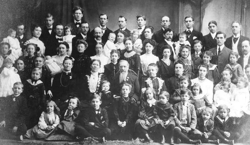 Feodor Vassilyev with all his children