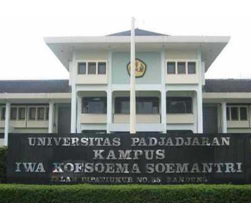A Malaysian Medical Student In Padjadjaran University In Bandung Was Allegedly Abducted, Raped, And Robbed On 16 May 2014