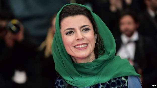 Leila Hatami pecked the director of the Cannes Film Festival and was quickly denounced as a sinner by hardliners at home.