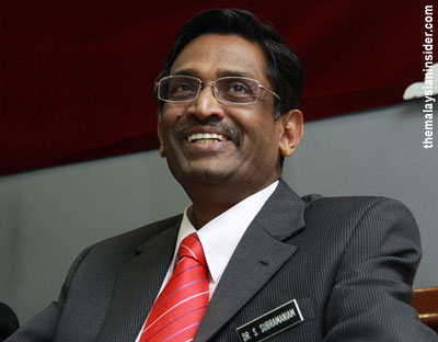 A Health Ministry team, led by its Minister Datuk Seri Dr S. Subramaniam, is heading to Amsterdam in the Netherlands to aid the Disaster Victim Indentification (DVI) process.