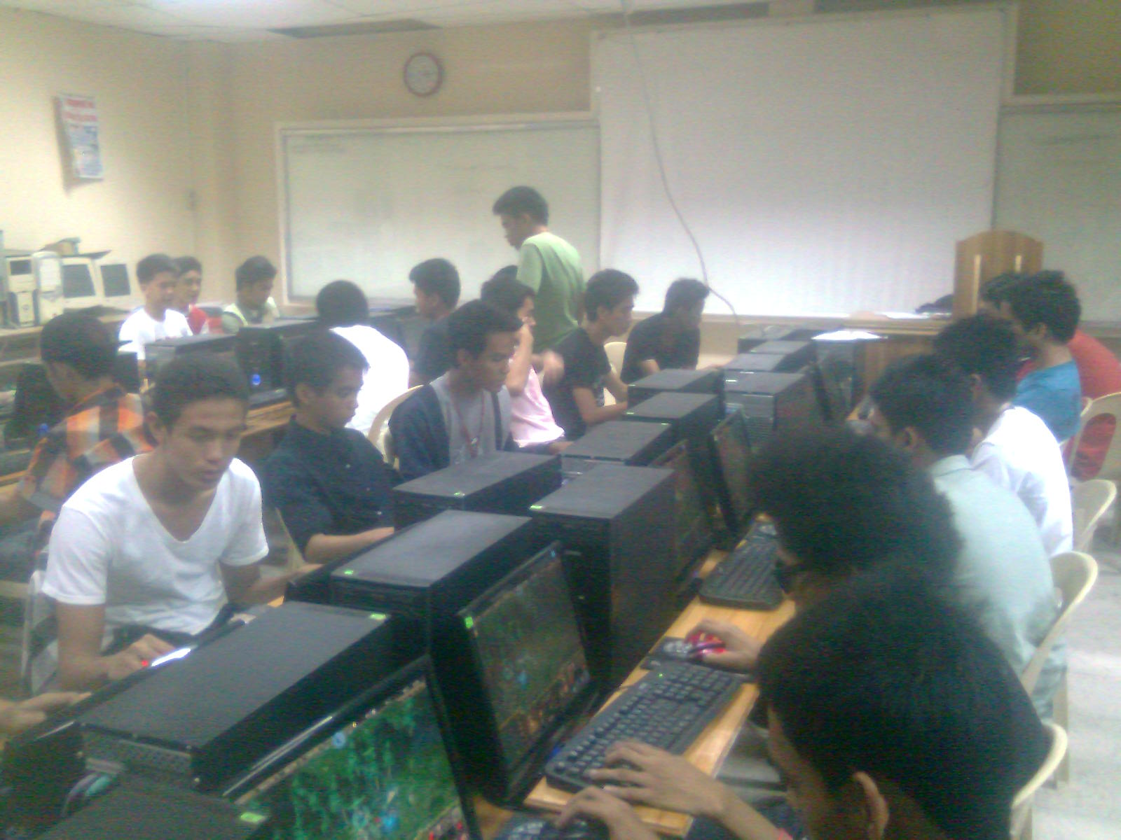 Universities will be offering DOTA degrees according to PinoyTrending