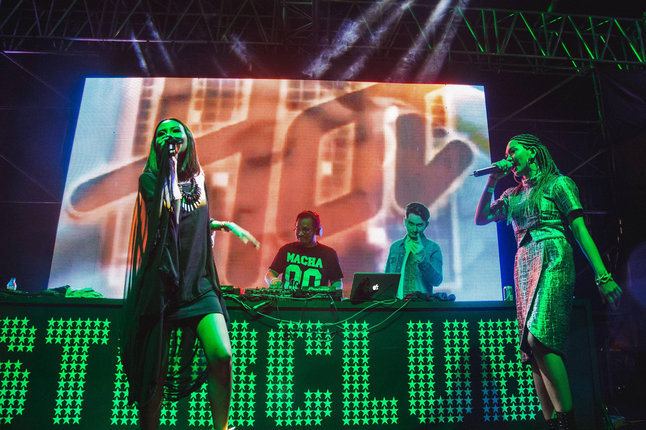 The party scene was at the Heineken Starclub, where five local Dj including LapSap and DANGERDISKO rocked the stage.