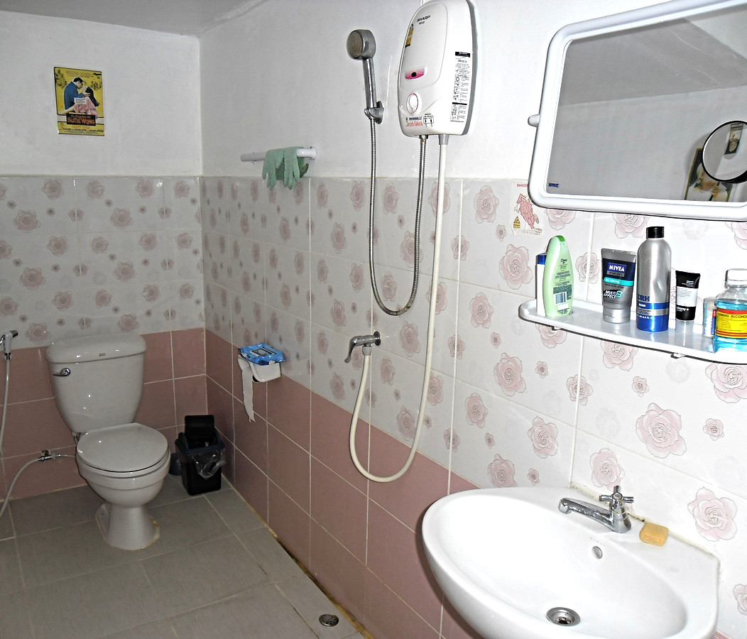Share test your home water heater to prevent electrocution for Bathroom design and installation