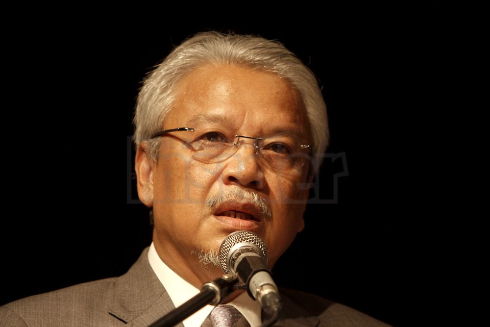 Second Finance Minister Datuk Seri Ahmad Husni Hanadzlah says the list of GST-related goods and services contains more than 900 items.