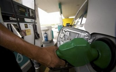 Starting In June Next Year, Malaysians Who Are In The High Income Bracket Will No Longer Enjoy Petrol Subsidy From The Government