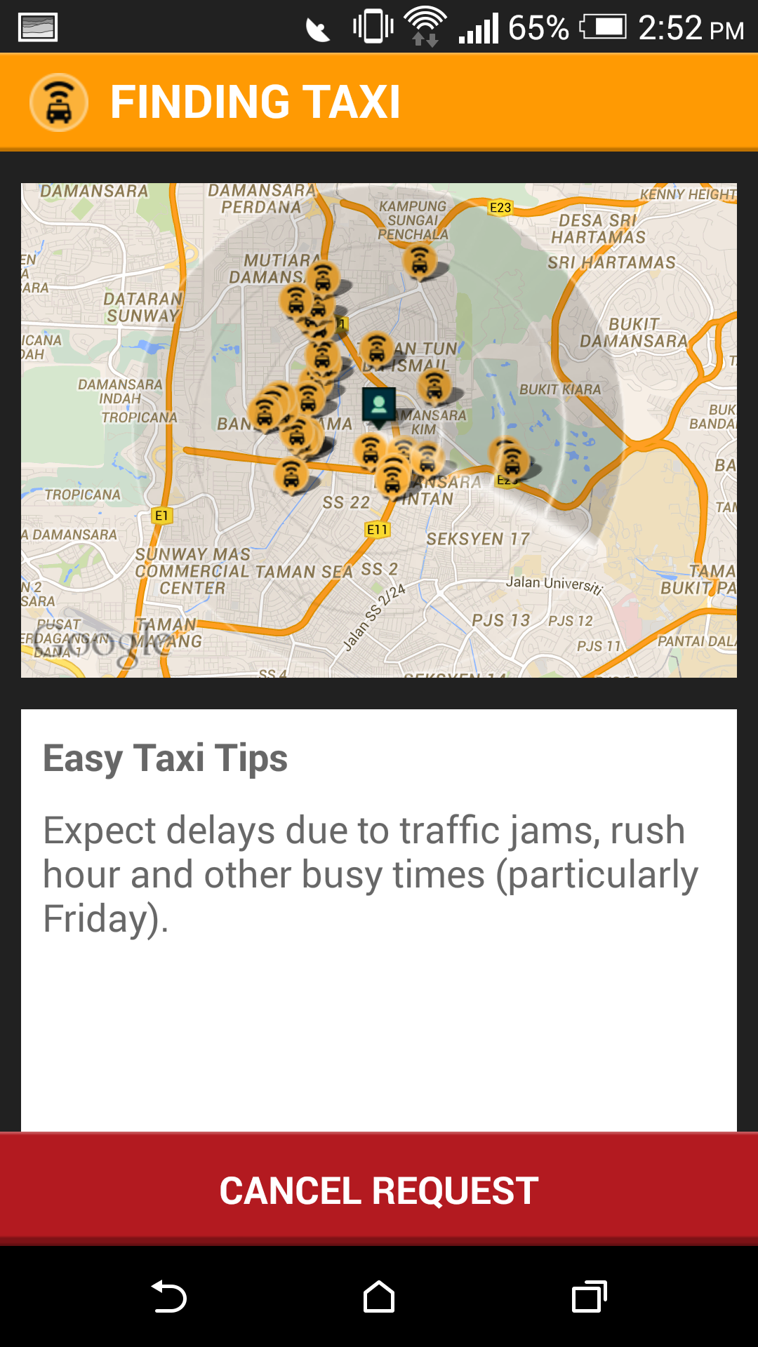 Easy Taxi allows users to opt to pay either by cash or credit, giving customers a choice for passengers.