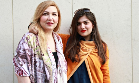 Ghoncheh Ghavami with her mother, Susan Moshtaghian