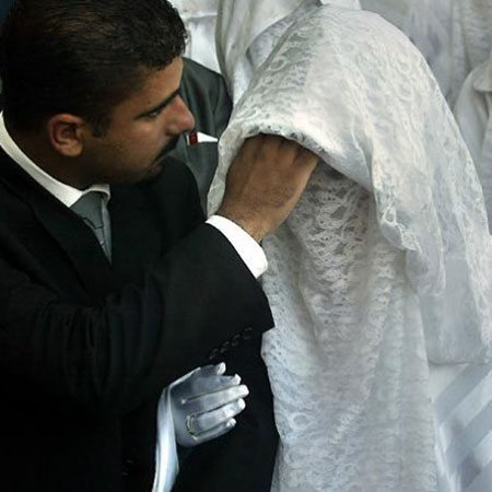 Saudi Husband Divorces Wife Minutes After Seeing Her Face