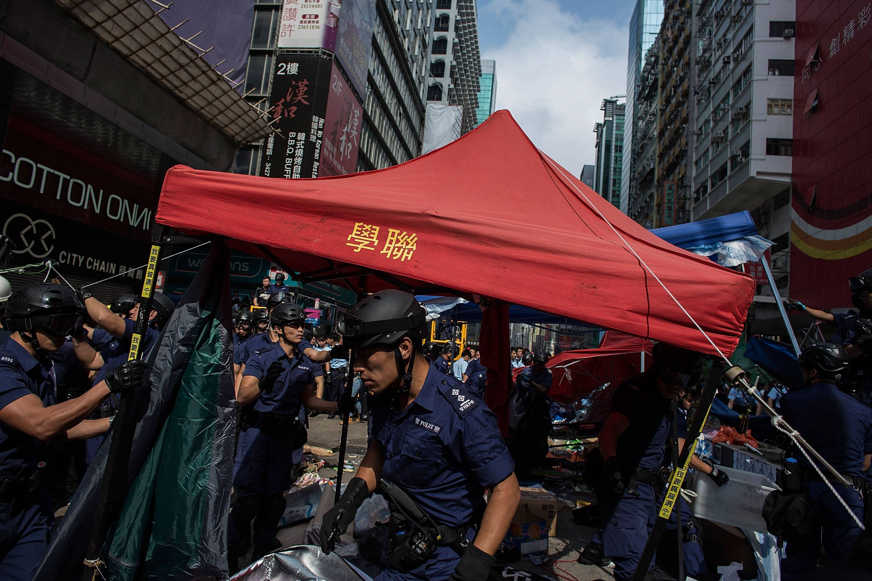 40ef & What Has Happened To Hong Kongu0027s Umbrella Revolution After 2 Months?