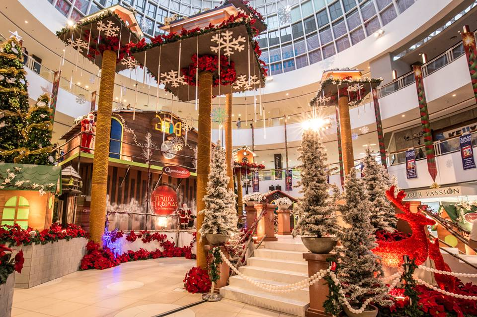 Photos says top 10 must selfie christmas mall for Decoration shopping