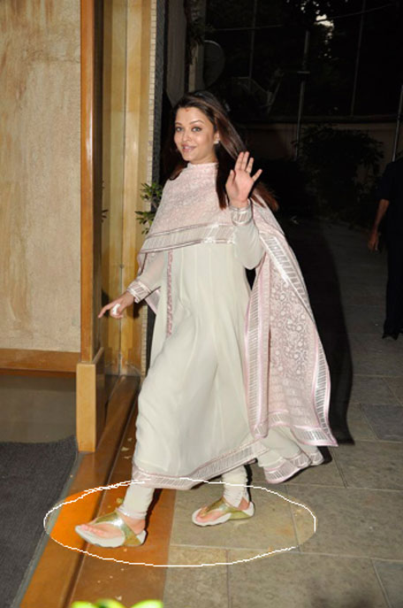 Spot the fitflops Aishwarya is weariing to get back to shape
