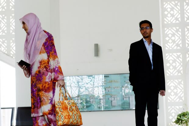 nurul izzah divorcing her husband of 10 years  why