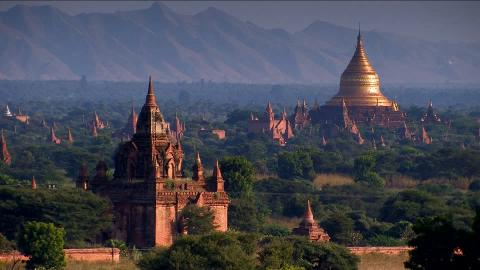 Image from http://footage.framepool.com/shotimg/230533315-pyu-ancient-cities-bagan-pagode-tempelanlage.jpg