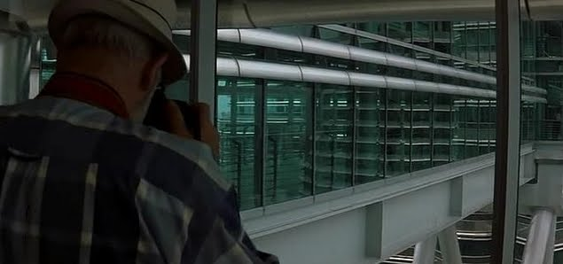 Sean Connery overseeing the heist from within the Petronas Twin Towers in the thrilling finale of 'Entrapment'.