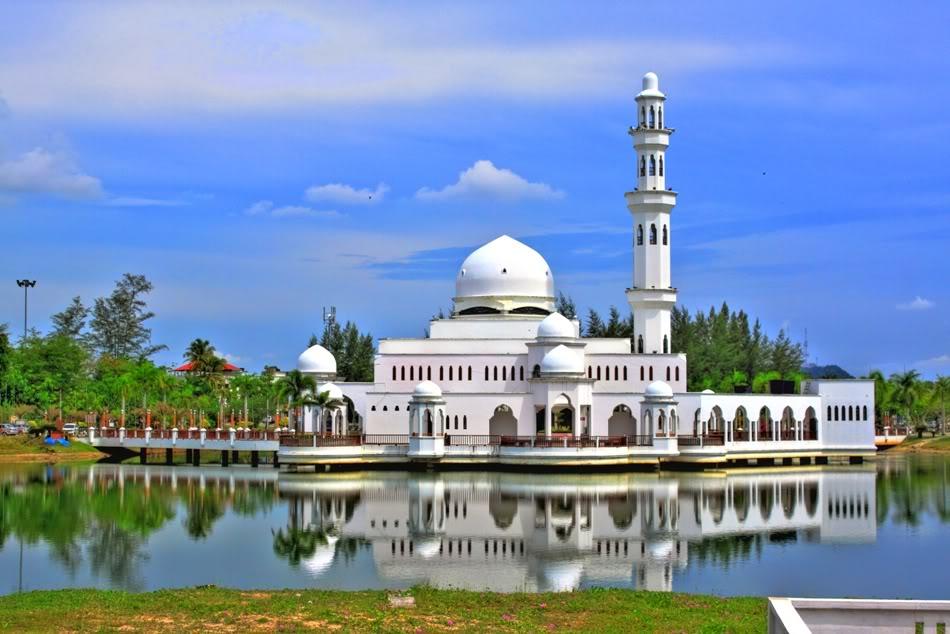 [GAMBAR] Masjid Kristal Dan 13 Masjid Lain Yang Paling