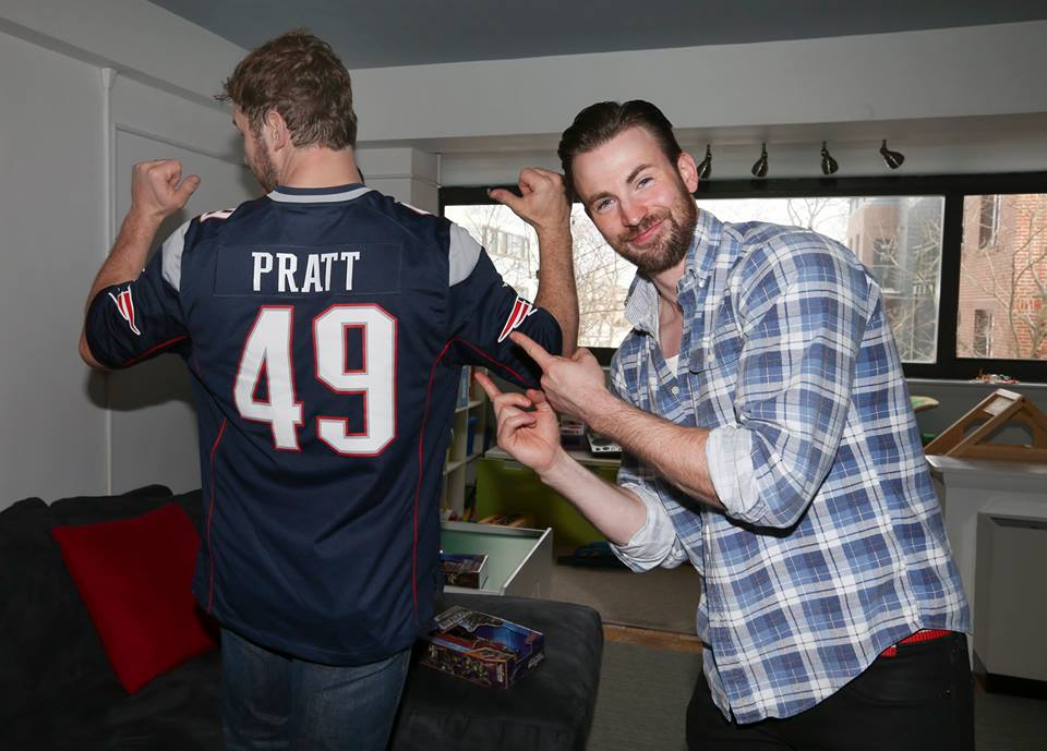 Photos Captain America Amp Chris Pratt S Visit To A Kids