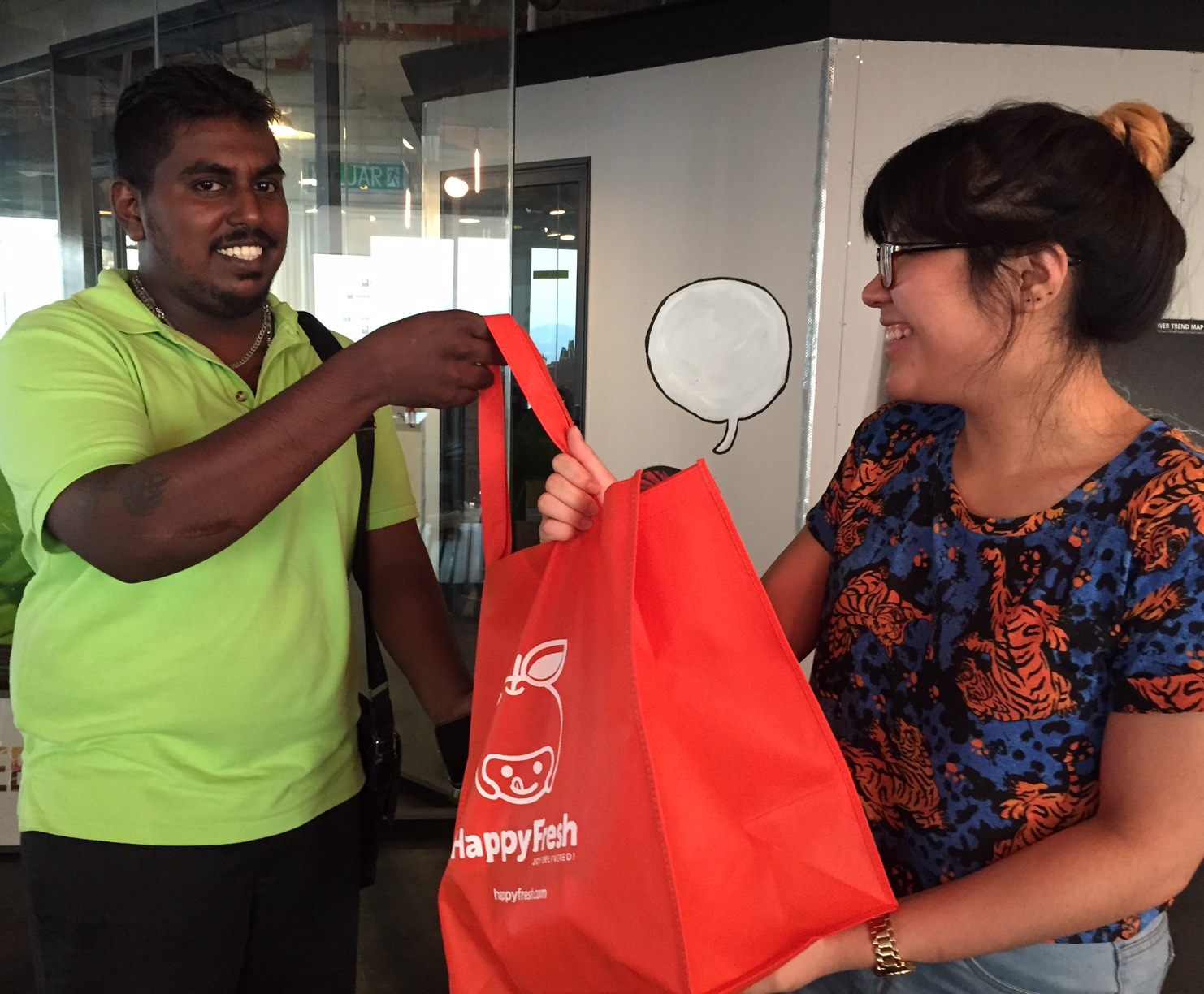 We received our HappyFresh orders from Baskaran at the office!