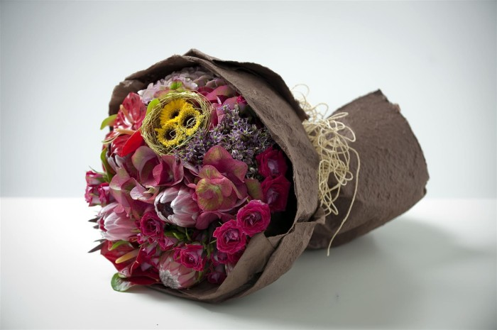 Image from http://wishingtree.com.my/galleries/anytime-flowers/