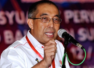 Multimedia and Communications Minister Salleh Said Keruak