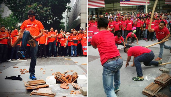 Violent demonstration in front of Sogo shopping mall prior to the Bersih 4.0 rally