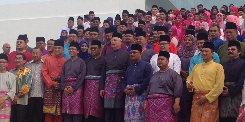 Prime Minister Datuk Seri Najib Razak at the new UMNO building launch in Muar, yesterday.