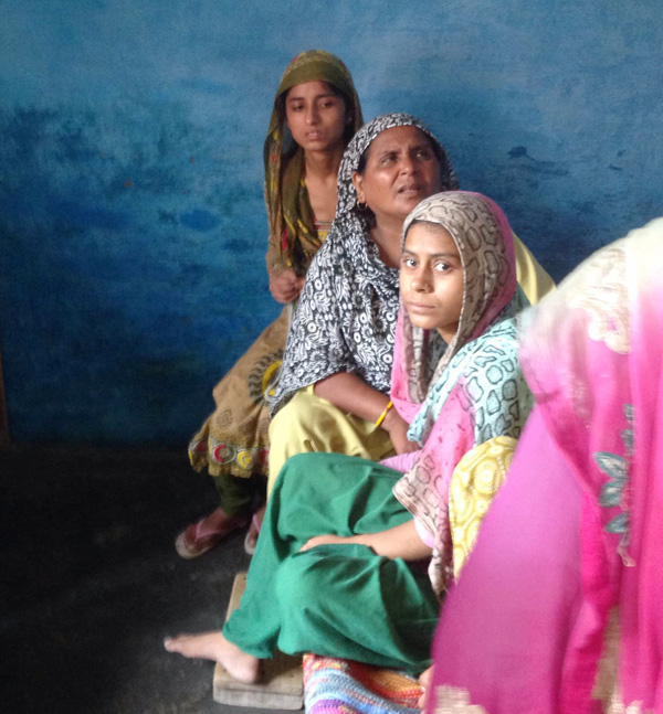 L to R- Daughter Sajida and wife Ikrama along with a relative.