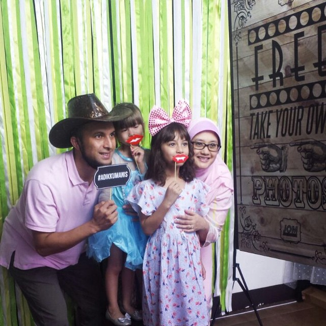 Image from JOM Photobooth